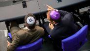 """""""Angriffe auf unsere Demokratie"""": Bundestag debattiert über Israel und Antisemitismus"""