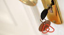 Steuerbehörden fordern Daten an: Ämter knöpfen sich Airbnb-Vermieter vor