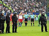 """""""Collinas Erben"""" erleichtert: Brych erspart dem HSV das Abbruch-Fiasko"""