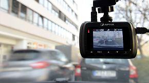 Gratwanderung für Autofahrer: Dashcam-Aufnahmen als Beweismittel zulässig