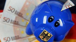 Großzügige Steuerfreiheit: Schenken kann viel Geld sparen