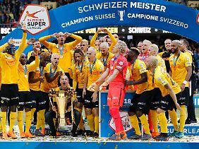 Nach dem Meistercoup hat Hütter mit Bern noch die Chance auf den Pokal und damit das Schweizer Double.