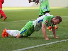 Maximilian Arnold muss mit seinem VfL Wolfsburg mal wieder eine Ehrenrunde drehen.