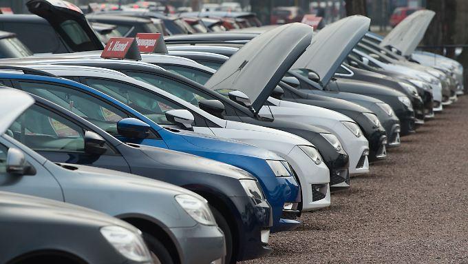 1,3 Millionen Mal wurde im April in der EU Neuwagen an Kunden übergeben.