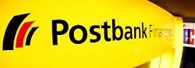 Macht mehr als 100 Filialen dicht: die Postbank