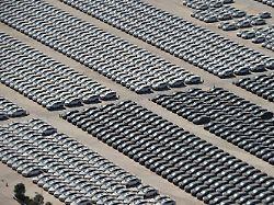 Autobauer im Aufwind?: China senkt Einfuhrzölle für Autos