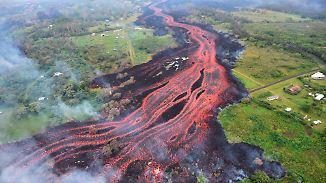 Hawaiianischer Vulkan brodelt weiter: Lavastrom rollt auf Kraftwerk zu
