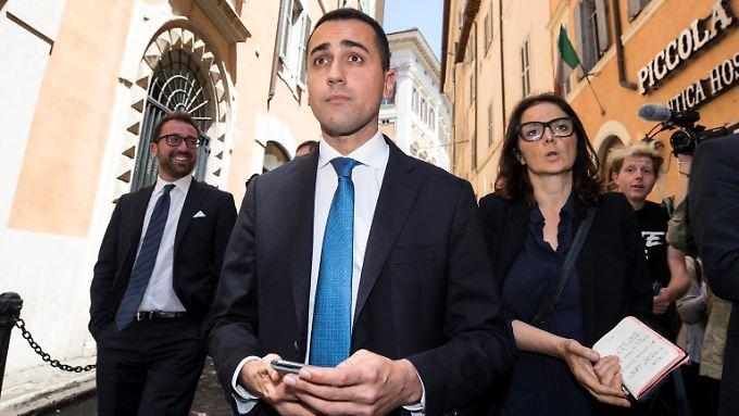 Der Anführer der Sterne-Bewegung, Luigi Di Maio, will Präsident Mattarella loswerden.
