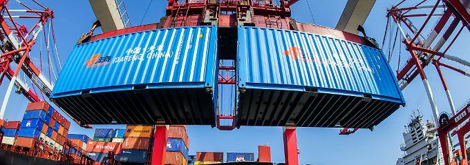 Welt-Handelsindex: Starker Welthandel trotzt allen Risiken