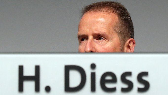 What did the VW point know when? Even the acting boss Heribert Diess was allegedly bitten earlier on the outlet scandal than previously known.