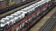 BMW und Mercedes brechen ein: Feiertage drücken Zahl der Neuzulassungen