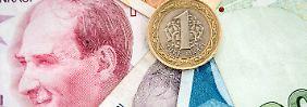 Zentralbank hebt Leitzins an: Türkei steuert gegen Währungsverfall