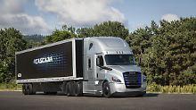 Entwicklung von E-Lastwagen: Daimler nimmt Teslas Herausforderung an