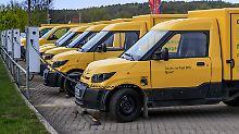 Vorruhestand und höheres Porto: Deutsche Post will Kosten weiter senken