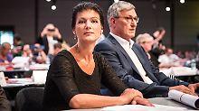 Bundesparteitag hat begonnen: Linke ringen um ihre Asylposition