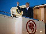 Gipfelort streng abgeriegelt: Trump und Kim treffen in Singapur ein