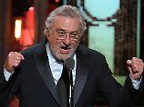 """""""Es heißt: Fuck Trump!"""": Robert De Niro beschimpft Trump"""