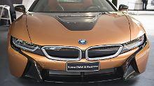 BMW i8 Roadster bei der Turin Motor Show 2018.