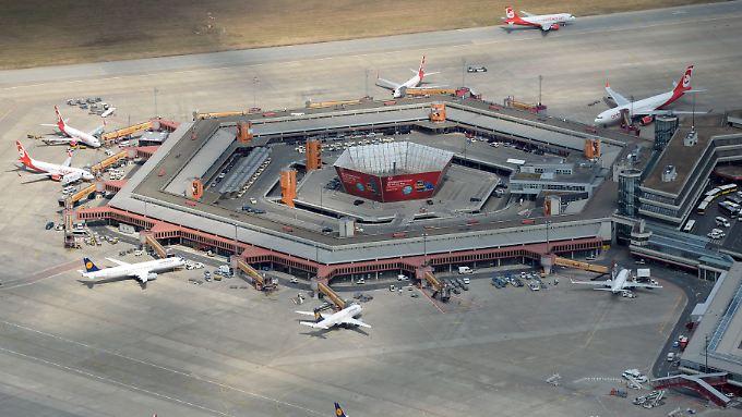 Der Flughafen Tegel soll geschlossen werden, sobald der BER fertig ist.