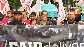 """""""Unterwanderung des Mindestlohns"""": Fahrradkuriere demonstrieren für bessere Arbeitsbedingungen"""