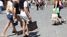 Anhaltender Anstieg seit 2014: Beschäftigte haben mehr in der Tasche