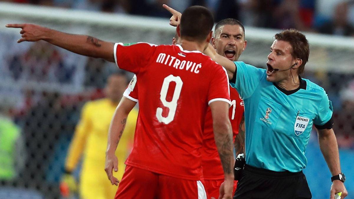 WM 2018: Serbien protestiert gegen Schiedsrichter Brych