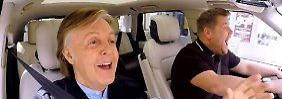 McCartney und Corden gemeinsam im Auto.