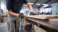 Hersteller beklagen Engpässe: Eichenholz wird zur Mangelware