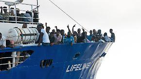 """Verteilung der Flüchtlinge weiter ungeklärt: """"Lifeline"""" darf Hafen in Malta nicht ansteuern"""