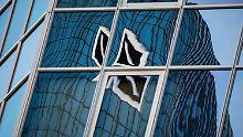 Aktienkurs auf Rekordtief: Deutsche Bank verliert an Gewicht
