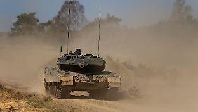 Das Bundesamt schafft unter anderem die Panzer an.