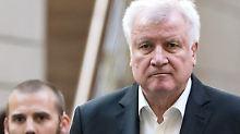 Forsa-Umfrage zum Unionsstreit: Mehrheit ist für Rücktritt Seehofers