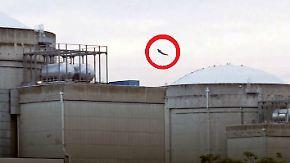 """Spektakulärer Stunt von Aktivisten: """"Superman""""-Drohne greift Atomkraftwerk an"""