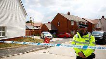 Ein Paar ist im britischen Amesbury scheinbar zufällig Opfer des Nervengifts Nowitschok geworden.