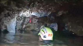 """Ein toter Taucher und """"nicht viel Zeit"""": Atemluft in thailändischer Höhle wird knapp"""