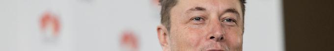 Der Tag: 08:42 Musk beschimpft Höhlentaucher als pädophil
