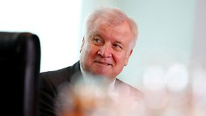 SPD zufrieden mit Kompromiss: Seehofer droht mit Neuauflage des Asylstreits