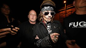 Promi-News des Tages: Johnny Depp rastet am Filmset aus