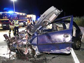 Die Wucht des Aufpralls war so heftig, dass ein Insasse aus seinem Auto geschleudert wurde.