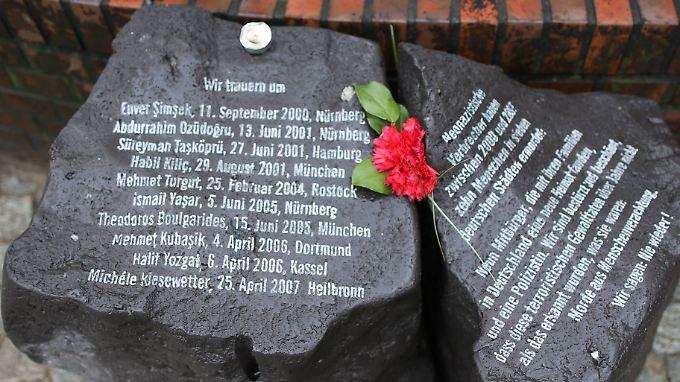 Ein Mahnmal in Hamburg erinnert an die Mordopfer des NSU.