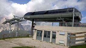 Die Bergstation der 2014 eröffneten Kabinenbahn zum Stiergarten sieht ein bisschen wie ein Ufo aus.