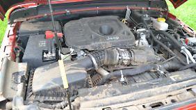 So sieht der 2,2-Liter-Diesel des Jeep Wrangler nach dem Offroad-Programm aus.