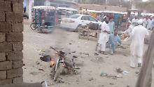 Am Morgen starben bei einem weiteren Anschlag in Nordpakistan mindestens fünf Menschen.
