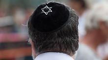 Antisemitischer Angriff in Bonn: Attackierter Professor wirft Polizei Lügen vor