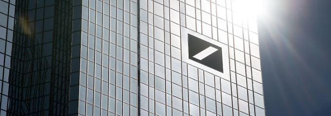 Unerwartet hoher Quartalsgewinn: Deutsche Bank überrascht die Anleger