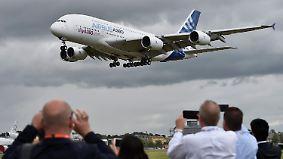 Luftfahrtmesse in Farnborough: Airbus und Boeing buhlen um Milliardenaufträge