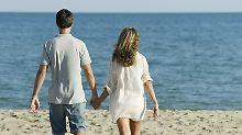 Ab in die Sonne?: Jeder Sechste kann sich keinen Urlaub leisten