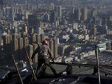 Schuldenberg vor dem Einsturz: Peking balanciert auf der Kredit-Klippe