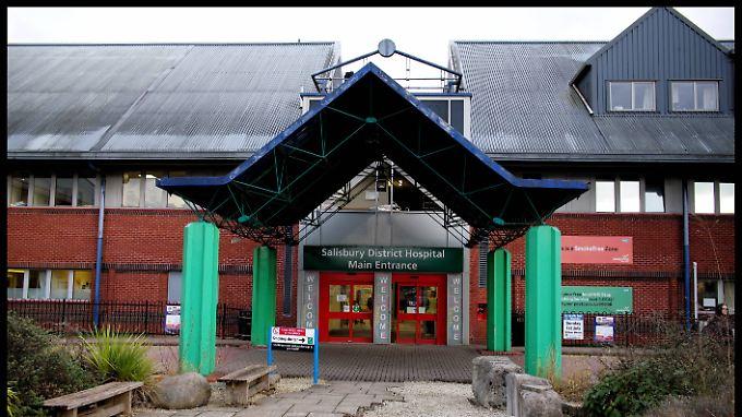 Der Mann wurde im Salisbury District Hospital behandelt.