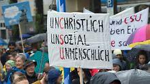 """""""Gegen die Politik der Angst"""": Zehntausende demonstrieren gegen die CSU"""
